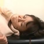 診察で犯された人妻が潮吹き痙攣してしまう!02