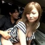 かわいい人妻が、車で公衆便所で潮吹き痙攣しまくり!02
