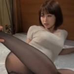 巨乳お姉さんの黒パンストがエロい!01