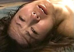 大絶叫で激しく痙攣する人妻!中野千夏2