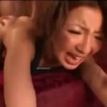 スポーツブラのギャルのデカ尻をガンガン突いて痙攣イキ!01