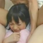 クンニと手マンで痙攣イキしちゃう美少女!03