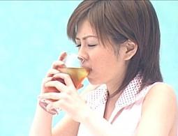 飲料CMの撮影で媚薬を飲まされたアイドルが拘束され潮吹き痙攣イキ地獄!紋舞らん