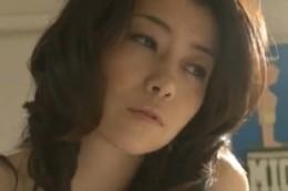 美人妻が旦那の同僚達に寝取られ痙攣アクメ!02