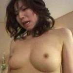 「壊れちゃう〜」を連発する熟女が精子まみれ!05