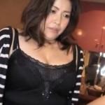 スナックのママはヒクヒク痙攣して潮吹きまくる爆乳熟女!07
