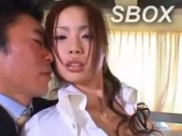 淫乱女教師が3Pエッチでガクガク痙攣アクメ!02