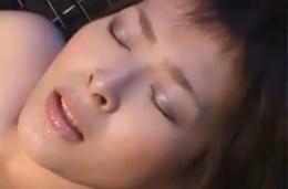 監禁調教される短髪おねえさんが巨乳揺らして痙攣イキ連発![夏目ナナ]03