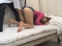 媚薬で全身性感帯になったギャルが絶叫大痙攣!01
