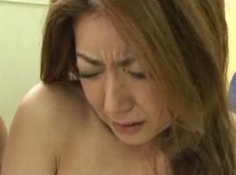 美熟女がアナルセックスでビクビク痙攣イキ[紫彩乃]05