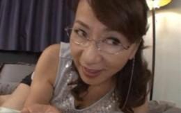 ◆特別企画◆ 家庭教師の痴女熟女が童貞チンポをフェラ抜き![牧原れい子]01