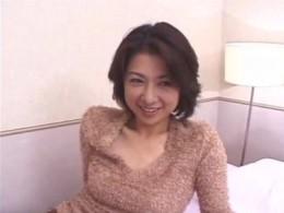 妖艶熟女が若い男でヒクヒク痙攣!01