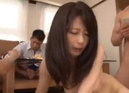 美人熟女教師が監禁され生徒達と陵辱痙攣セックス![三浦恵理子]1