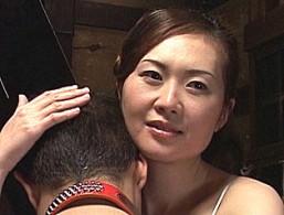 美人妻が実兄の手マンで痙攣アクメして腰砕け悶絶!東条美菜00