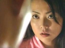 欲求不満の美人妻が旦那が入院中に息子に体を許してヒクヒク痙攣!林由美香05