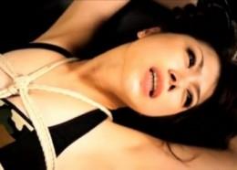 拘束された美女が強制快楽地獄に落ち連続痙攣アクメ!01
