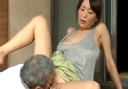 人妻になっても義父の巨根が忘れられず密会して痙攣アクメする姉!004