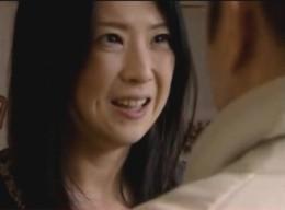 「死ぬ〜」旦那の兄との激しいエッチで痙攣イキを繰り返す浮気人妻!02