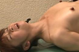 高齢熟女がペニバンエステで連続エビ反り大痙攣オーガズム!03