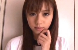 潮吹き美少女JKが保険室で手マンされ噴水潮吹き痙攣!瑠川リナ00