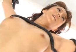 美熟女が拘束されて快楽拷問で潮吹き痙攣アクメ!澤村レイコ02