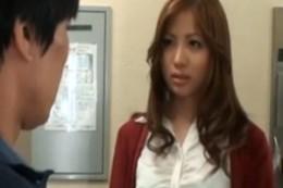 美人妻が不倫エッチの媚薬に溺れガクガク痙攣アクメ!向井恋03