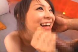 アヒル口の貧乳美少女が手マンで潮吹きガン突きでヒクヒク痙攣アクメ!木内美保