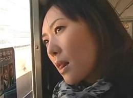 美人妻は結婚してからも絶倫の兄と相思相愛で痙攣ファック!東条美菜02
