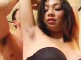 美人妻は腋毛ボーボーで痙攣しまくりの淫乱女!君島冴子