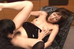 催眠にかかった美人母が息子に中出しされガクガク痙攣イキ!澤村レイコ・大塚咲