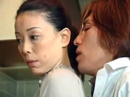 高齢熟女母が息子に息子に迫られ発情しビクビク痙攣アクメ!青井マリ