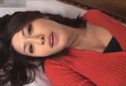 美熟女がカメラ目線で突かれてビクビク痙攣オーガズム!柳田やよい02