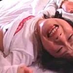 美少女JKが媚薬投与され汗だくになって連続絶叫で大痙攣オーガズム!00