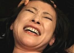 熟女捜査官が電動ドリルバイブで全身汗だく激痙攣イキまくり!西城玲華