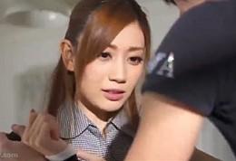 美人妻が元彼に何度も押し倒され自ら腰振りヒクヒク痙攣イキ!前田かおり02
