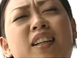 足ガク痙攣!おっぱいフェチ動画![ヘンリー塚本]02