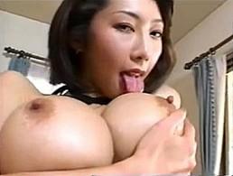 Kカップ101cm超爆乳お姉さんが乳首舐められながら手マンオナニー痙攣イキ!瀬名さくら