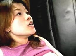 電動ペニバンの強烈な振動に痙攣イキする美女![ヘンリー塚本]02
