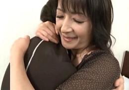 57歳高齢熟女!岡田久美子・中山佳子02