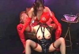 3匹のドM爆乳娘がドS女王様に調教され潮吹きガクガク痙攣イキまくり!02
