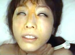 ドM美女が密室調教され大量潮吹きを繰り返し白目を剥いてビクビク痙攣イキまくり!樹花凜0