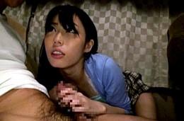 夜行バスで女子大生が隣の男にイタズラされ発情!潮吹きしてビクビク痙攣イキ!川菜美鈴02