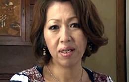 ムチムチ高齢熟女母が娘婿に夜這いされガン突きされピクピク痙攣アクメ!岡崎花江04