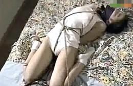 変態美人JKが卑猥オナニー!調教師レズのペニバンでビクビク痙攣アクメ!野村理沙