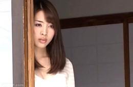 美人妻が義弟に夜這いで寝取られ涙を流しビクビク痙攣アクメ!本田岬