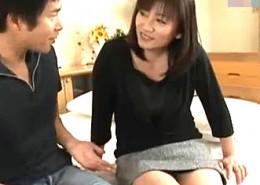 初めて味わう他人棒で半狂乱で逝きまくる九州女しずか45歳初撮りドキュメント