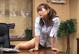 ベテラン角オナニストが足ピン痙攣で飛ぶ!浅倉彩音•さくら美羽02