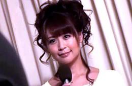 美人女子アナが取材先エステでマングリ返しにされ潮吹き痙攣!Maika02