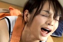 欲求不満の変態人妻達が絶倫男に突かれアヘ顔痙攣イキまくる!04