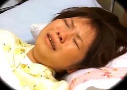 童貞医師にパイパンにされガン突きされマジ泣きするJK患者2